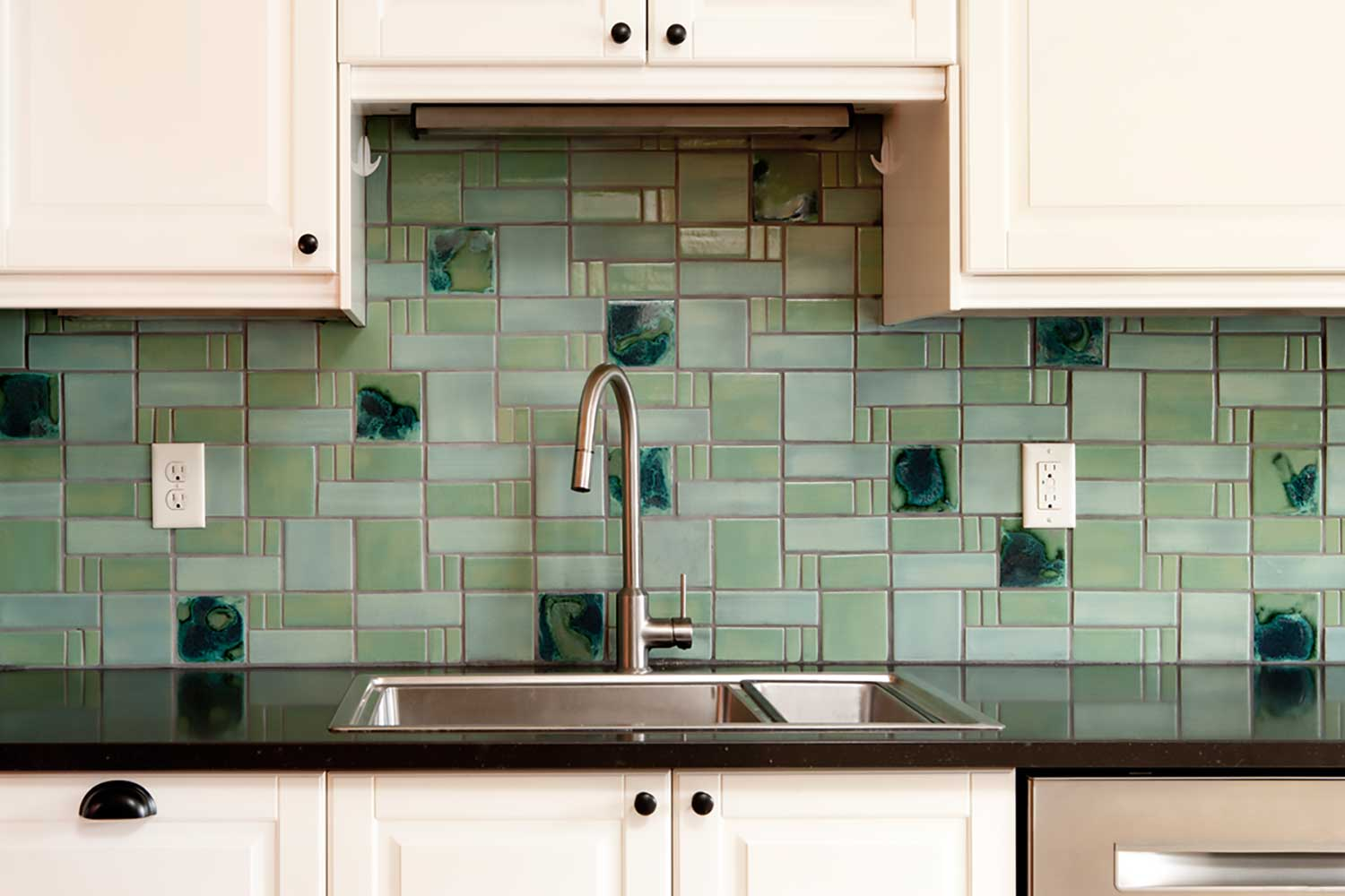 - Aquila Pattern Kitchen Handmade Mid Century Modern Tile Backsplash