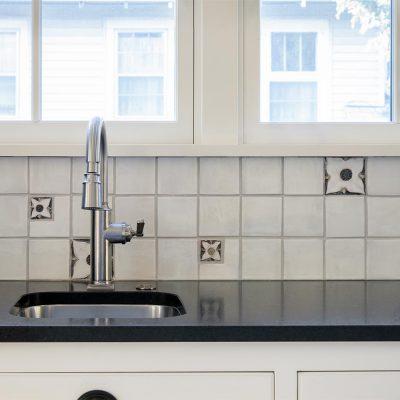 White Marshmallow Arts And Crafts Floral Cottage Kitchen Medieval Sink Backsplash